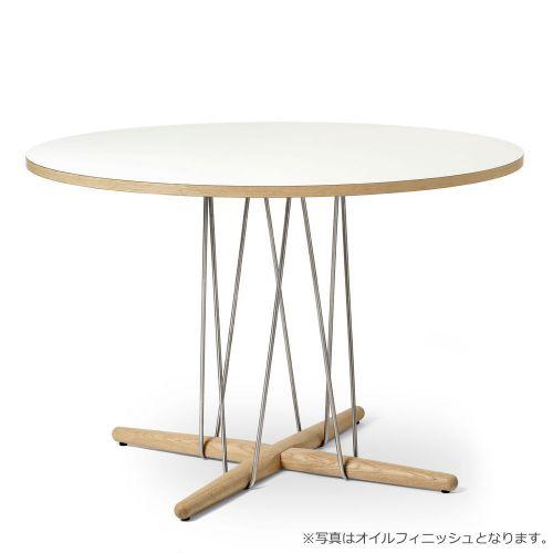 E020 エンブレイステーブル φ110cm ホワイト / オーク材 ラッカー塗装 (Carl Hansen & Son / カールハンセン&サン)