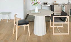 カラーウッドテーブル